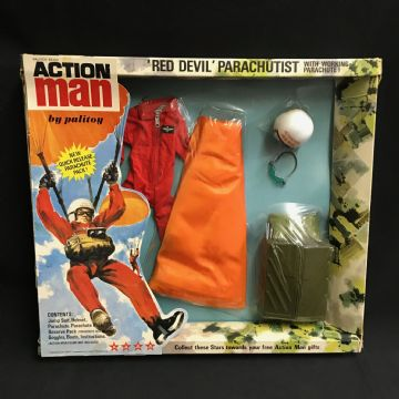 ACTION MAN - RED DEVIL - VINTAGE CARDED UNIFORM  1970's issue (ref3)